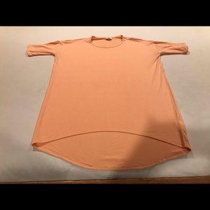 NWOT Lularoe Irma Peach shirt